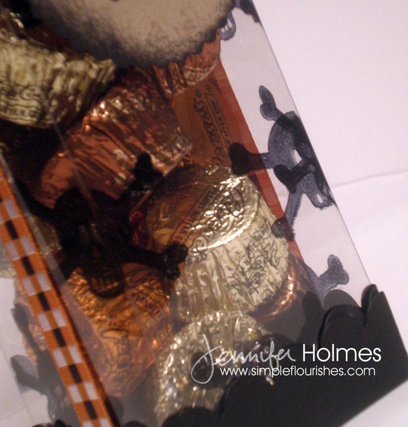 JenniferHolmes-CandyBoxClos