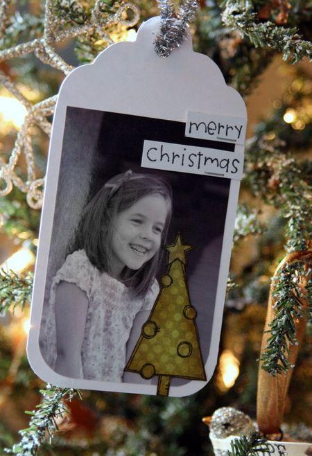 JennB_ChristmasTreesFramedDoodle_Tag