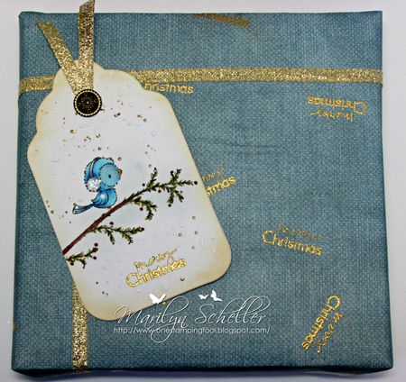 Marilyn Scheller - Merry Christmas Gift Wrap and Tag