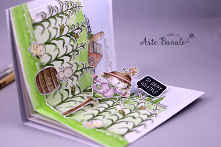 Agnieszka Danek-Wisniak - Wooley Heart Front Card Scarecrow and Cornstalks with chicks inside pop detail